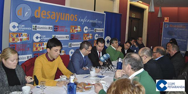 Un momento del desayuno informativo con Luis Tudanca