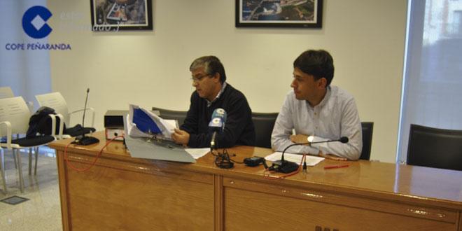Los concejales de Hacienda y Festejos, Isidro Rodríguez y Francisco Díaz durante la rueda de prensa