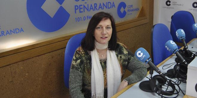 La alcaldesa de Peñaranda, Carmen Ávila de Manueles, en los estudios de COPE Peñaranda