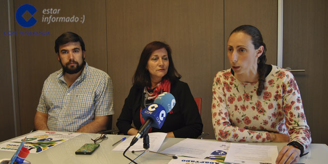 Antonio Poveda, Carmen Ávila y Pilar García, durante la presentación de esta Jornada de deporte adaptado
