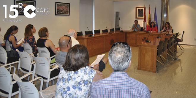 Un momento de la reunión en el Ayuntamiento sobre el ARU