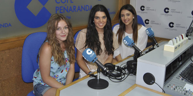 Andrea, Elena y Lara en los estudios de COPE Peñaranda