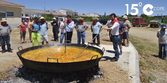 El secretario general del PSOCyL, Luis Tudanca, visitó Villoruela