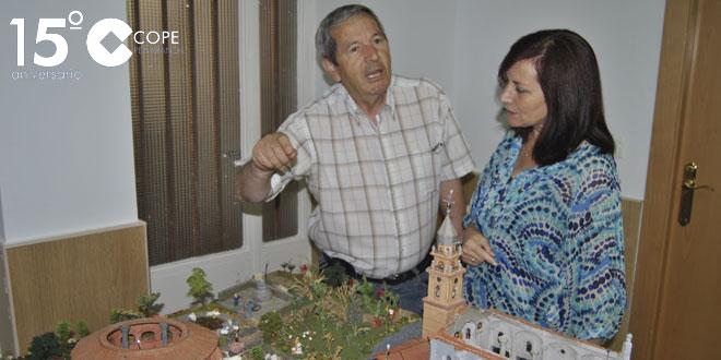 German Alfayate junto a Carmen Ávila en la inauguración de su exposición