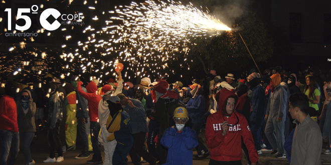 Xarxa teatro recorrió las calles de Peñaranda con su Nit mágica