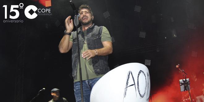 Antonio Orozco durante su concierto en Peñaranda de Bracamonte