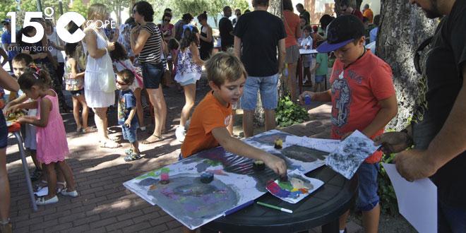 Decenas de niños participaron en el taller de creación artística