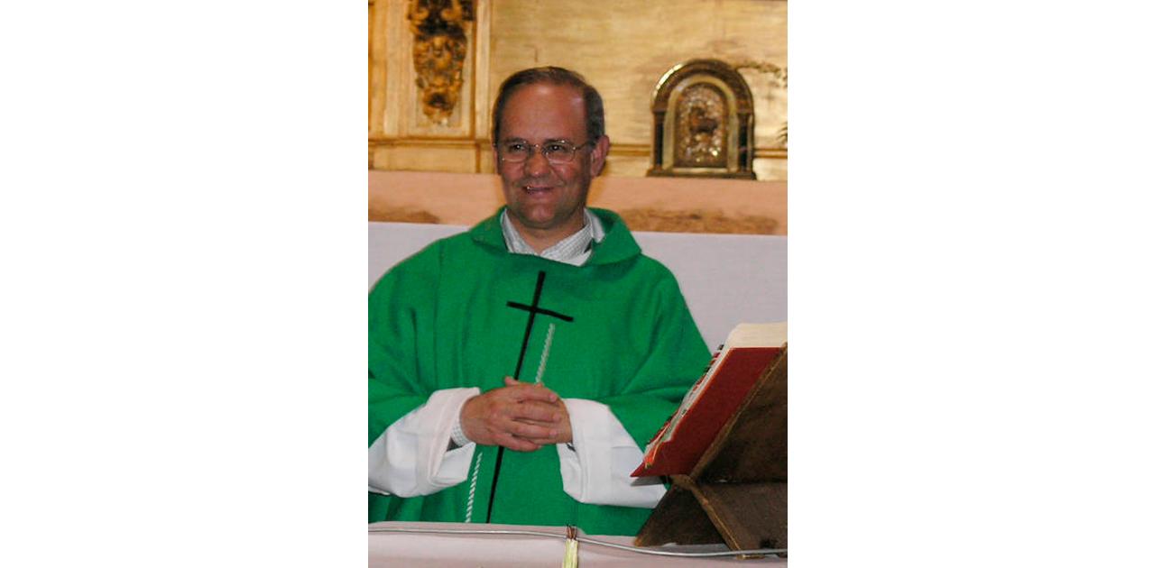 El sacerdote Demetrio Franco Franco durante una celebración. / FOTO: Delegación de Medios Diócesis de Salamanca