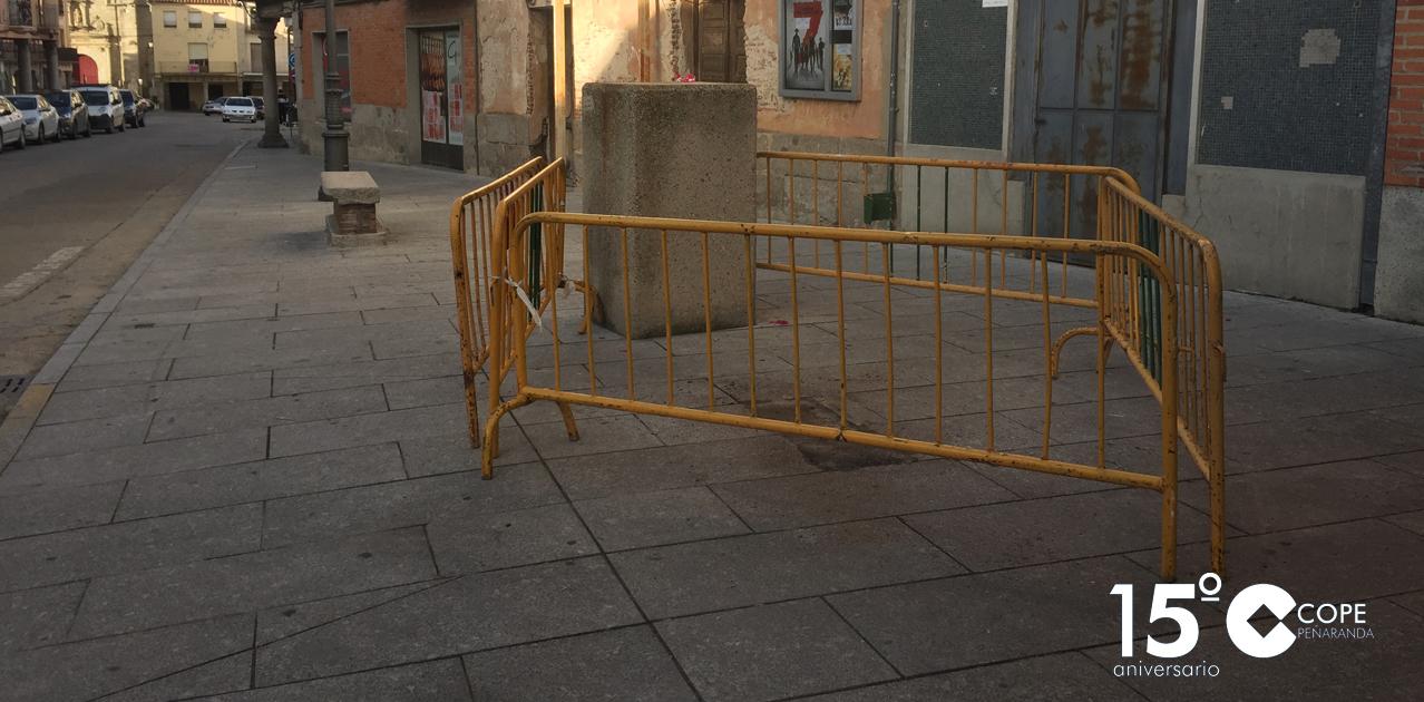 La Diputación de Salamanca va a proceder al arreglo del panel informativo colocado entre las plazas