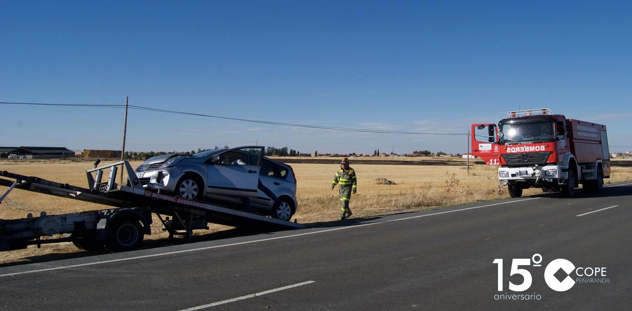 Uno de los vehículos involucrados en el accidente de tráfico en Paradinas