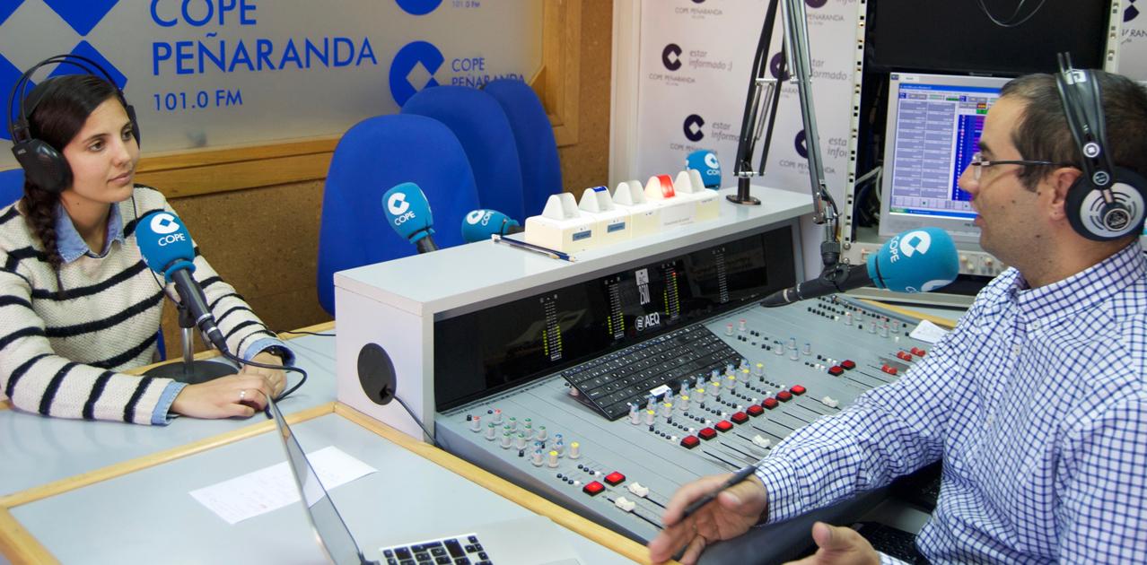 Ursula García, del CITA, durante la entrevista en La Mañana de Peñaranda