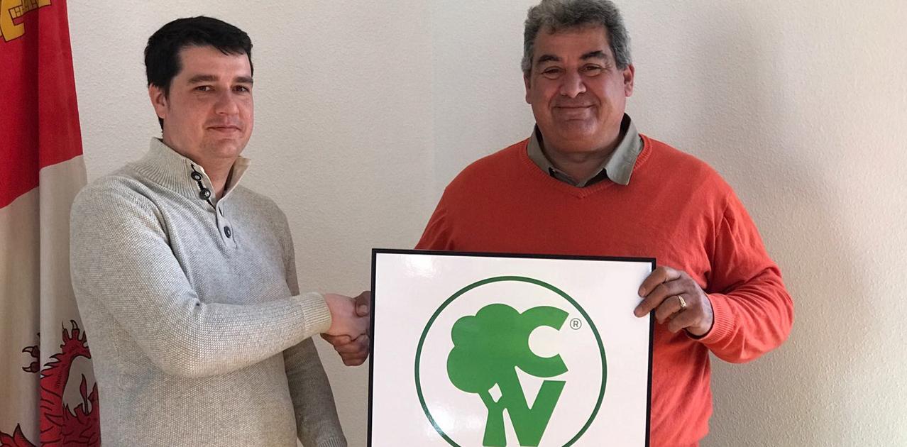 El Ayuntamiento de Rágama ha obtenido el Certificado verde que otorga la Asociación Áreas Verdes.