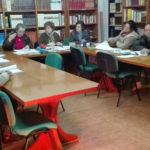Una docena de personas participan en las actividades del taller de lectura del movimiento Villoruela se mueve.