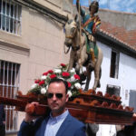 Decenas de personas participaron en las celebraciones religiosas con motivo de las fiestas de San Jorge en Santiago de la Puebla.