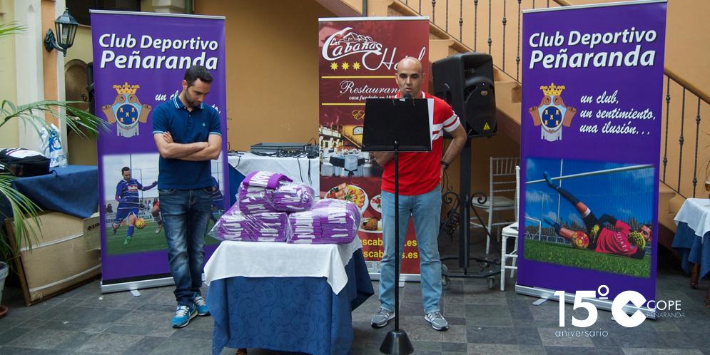 El presidente del CD Peñaranda, Carlos Leonardo, junto al coordinador, Juan Jesús Rodríguez.