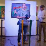Fred Creusot junto a Araceli Rodríguez y Carlos Vicente en la presentación de su exposición.