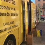 El autobus de la campaña «Reciclar es una oportunidad» ha parado hoy en Peñaranda.