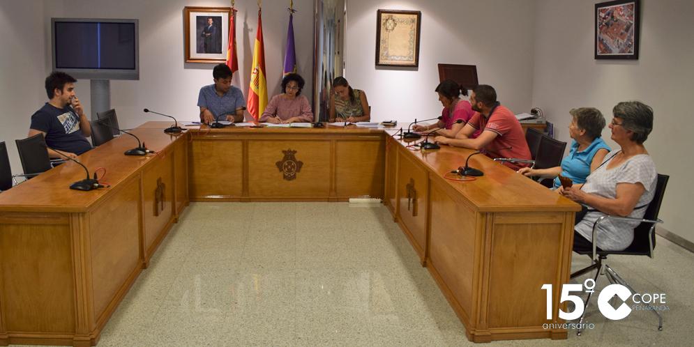 A penas media docena de pejistas acudieron a la reunión convocada por el Ayuntamiento.