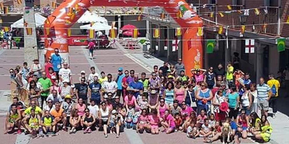 Más de 200 personas participaron en la III Quedada running de Santiago de la Puebla.