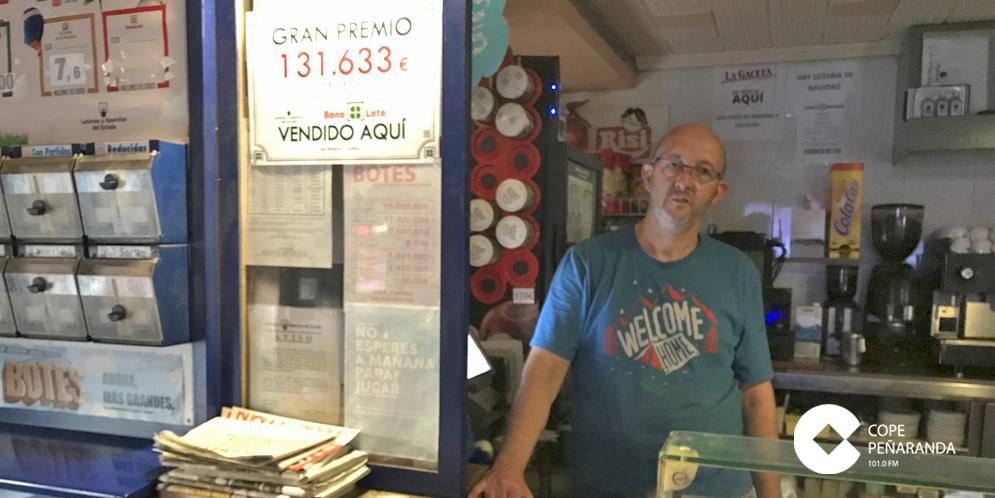 Román Galiano, gerente del Bar El Moderno de Tordillos.