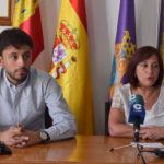 Carmen Ávila, junto a Francisco Díaz, en la rueda de prensa.