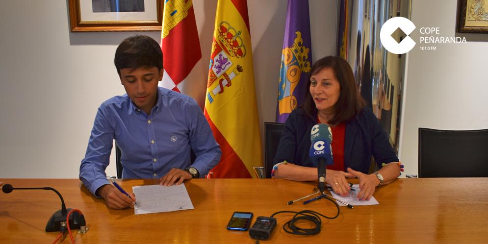 El concejal de Festejos, Francisco Diaz, y la alcaldesa, Carmen Ávila.