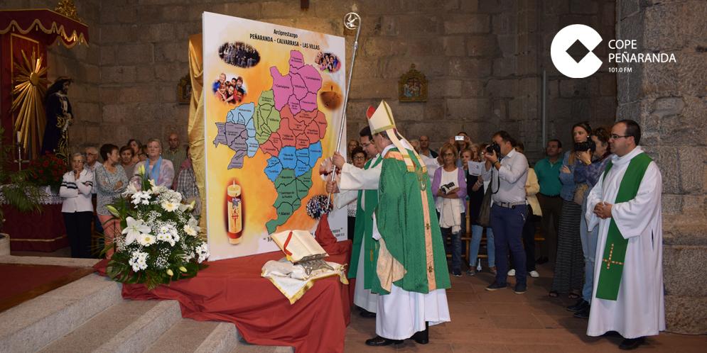 El obispo de la Diócesis abrió la visita pastoral al arciprestazgo.