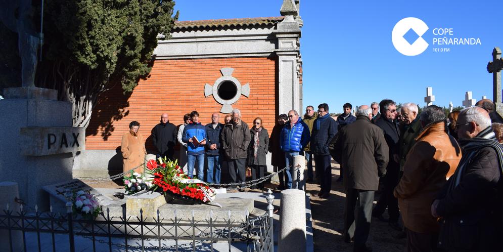 Las cofradías de Peñaranda recordaron a su fundador en el cincuenta aniversario de su fallecimiento.