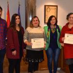 Los ganadores del Concurso tras recoger sus diplomas como ganadores.