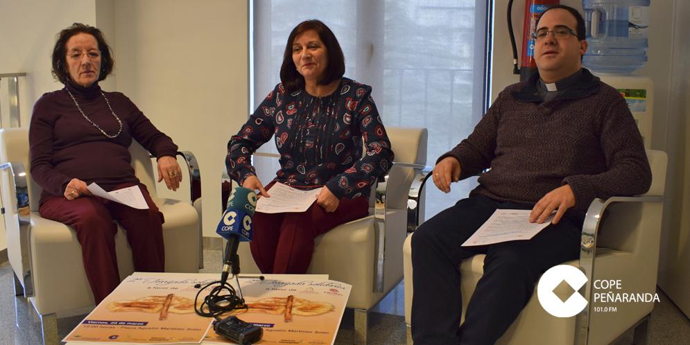 Carmen Ávila, Fernando García y Pilar Hernández presentaron la II Torrijada solidaria.