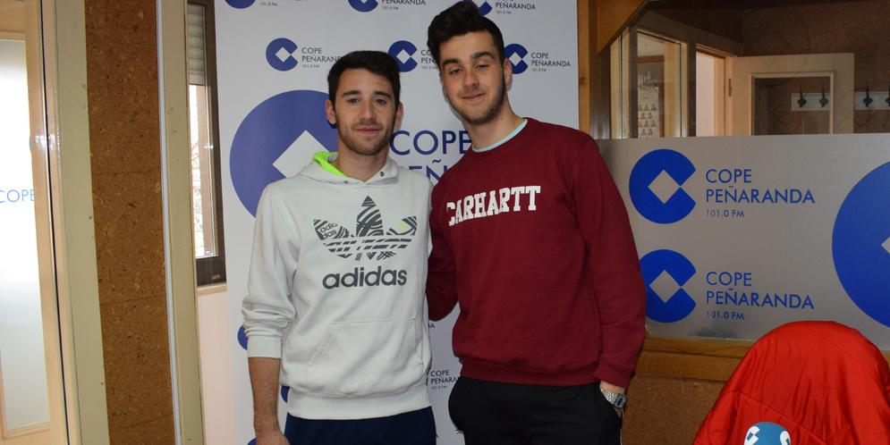 Mario Rodríguez y Jaime Martín tras la tertulia deportiva de COPE Peñaranda.