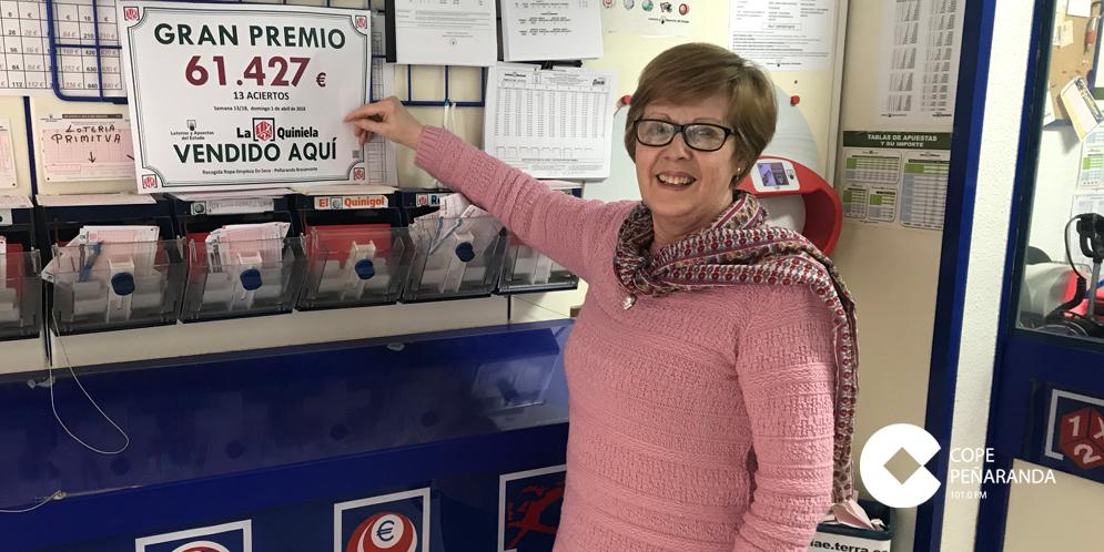 Pepi Galindo, regenta el despacho receptor de Loterías en la calle Bodegones.