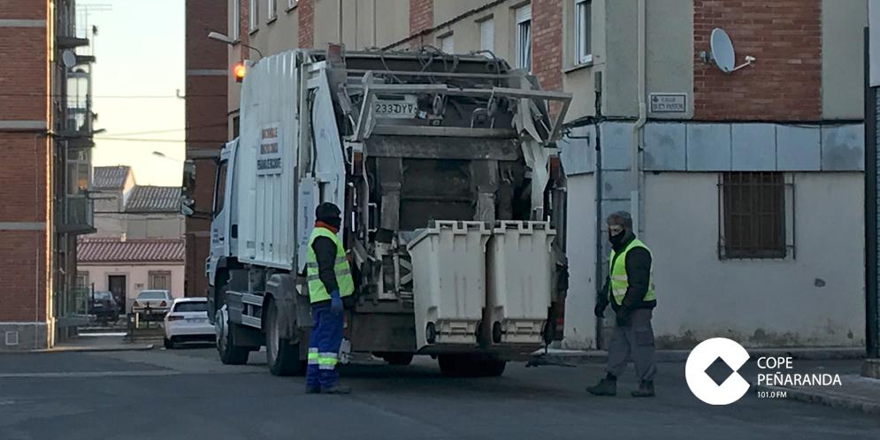 Servicio de recogida de basuras de la Mancomunidad en Peñaranda.