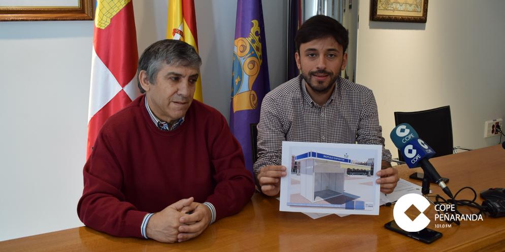 Los concejales Francisco Diaz e Isidro Rodríguez presentaron la Feria Multisectorial.