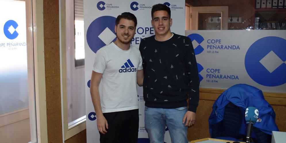Jorge Mateos y Juancar Hernández, en la tertulia deportiva de La Linterna en Peñaranda.