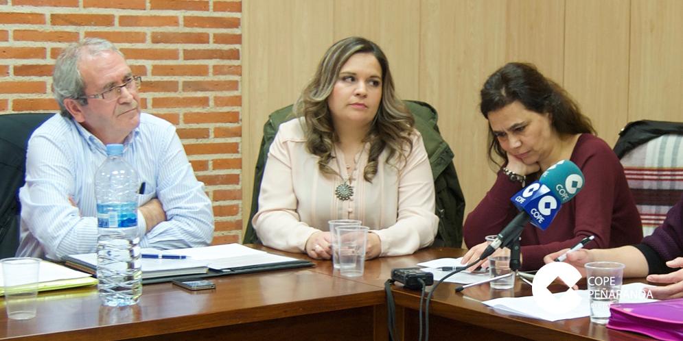 Teresa Losada, a la derecha, en una fotografía de archivo.