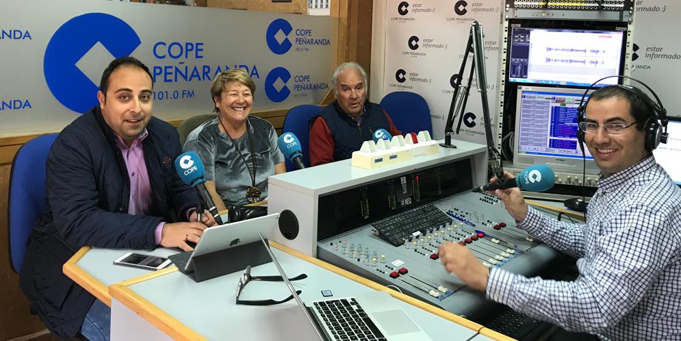 Raúl, Paqui y Marino durante La mesa de trabajo de COPE Peñaranda.
