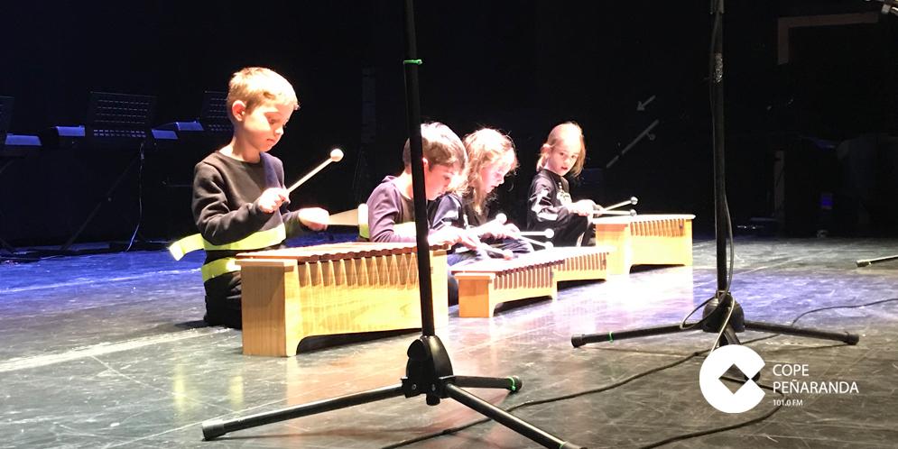 Los alumnos de la Escuela municipal de Música ofrecieron el tradicional concierto de fin de curso.