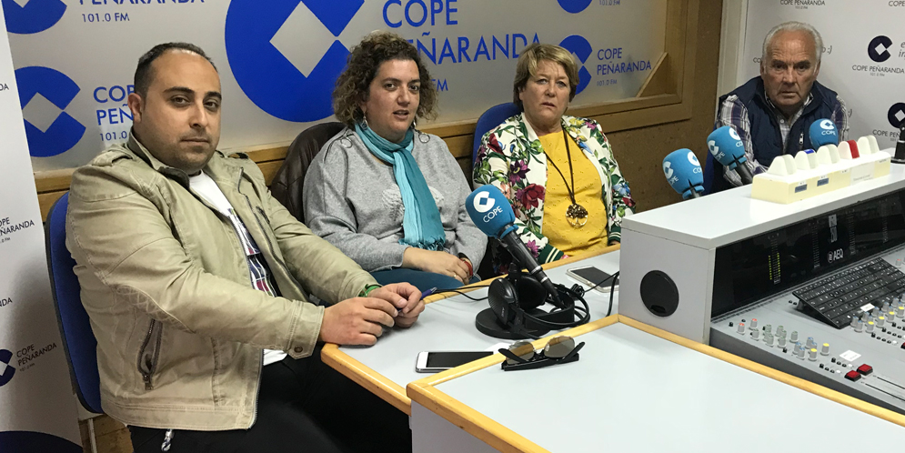 Raúl Blázquez, Sonsoles Fiallegas, Paqui Diaz y Marino Pérez en «La mesa de trabajo» de COPE.