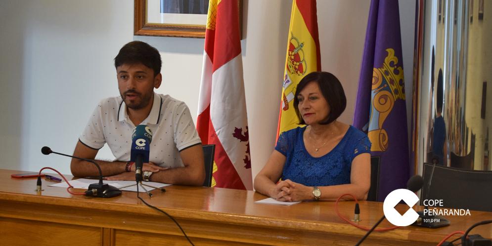 Francisco Diaz y Carmen Ávila realizaron un primer balance de las Ferias 2018.