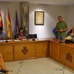 Los concejales del Ayuntamiento de Peñaranda tras levantarse la sesión plenaria.
