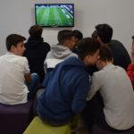 Jóvenes peñarandinos en el nuevo Centro de ocio juvenil de Peñaranda.