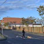 El Ayuntamiento sustituirá el acerado de la Ronda San Lázaro gracias a los trabajadores del PER.