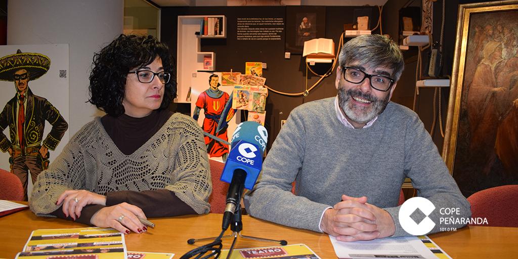 Araceli Rodríguez y Carlos Vicente presentaron la programación teatral para este semestre.