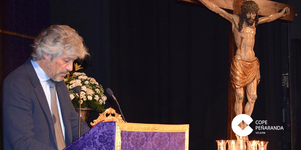 El cardiólogo peñarandino, José María Coria, pronunció hoy el pregón de la Semana Santa 2019 de Peñaranda.