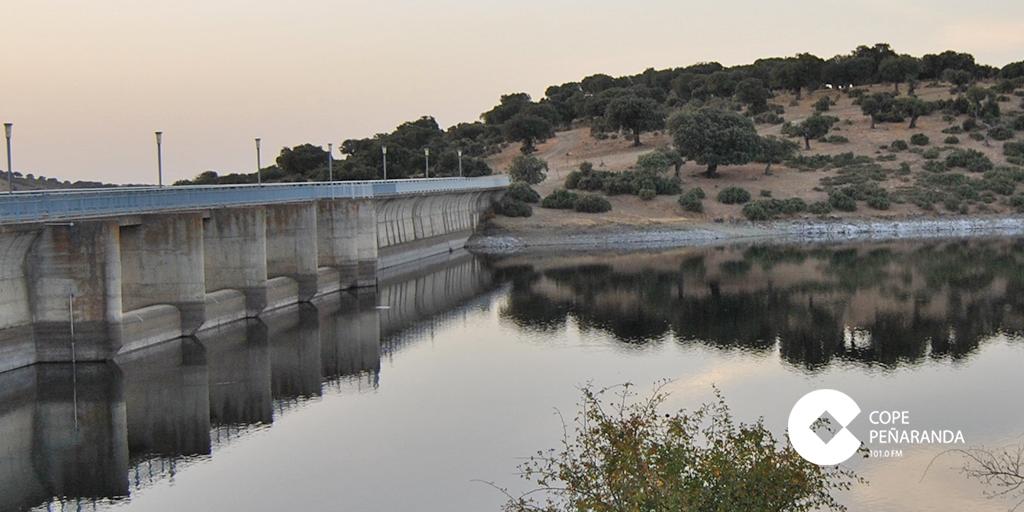 Imagen de la presa de El Milagro, que suministra agua a Peñaranda.