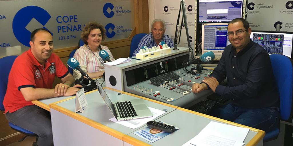 Raúl Blázquez, Sonsoles Fiallegas, y Marino Pérez en «La mesa de trabajo»