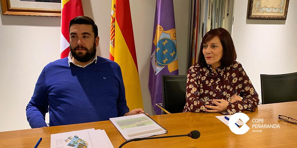 Antonio Poveda y Carmen Avila