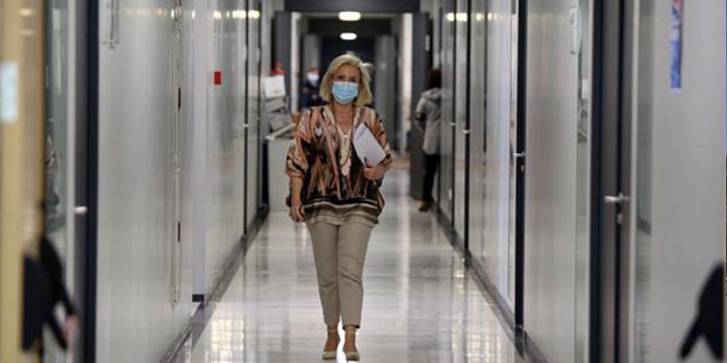 La Junta apoya flexibilizar las franjas horarias, excepto para los mayores Consejera de Sanidad, Verónica Casado