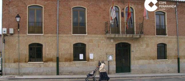 El Ayuntamiento de Cantalpino cierra algunos de sus servicios municipales